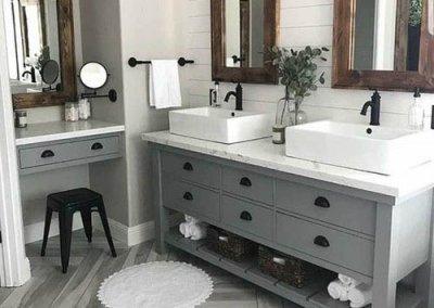 industrial farmhouse bathroom